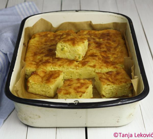 Pita sa grizom i tikvicom / Wheat semolina and zucchini savory pie