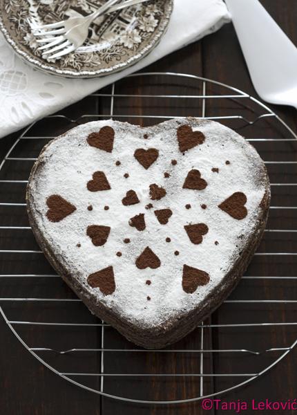 Čokoladna torta sa višnjama / Chocolate cherry cake
