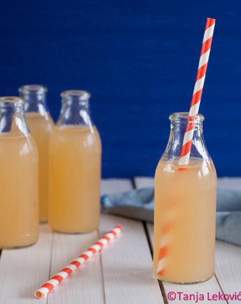 Gusti sok od jabuke / Apple juice