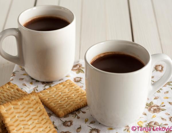 Topla čokolada / Hot chocolate