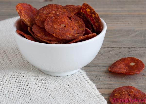 Čips od kulena / Pepper sausage chips