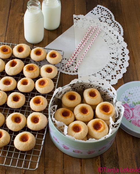 Banini / Thumbprint cookies
