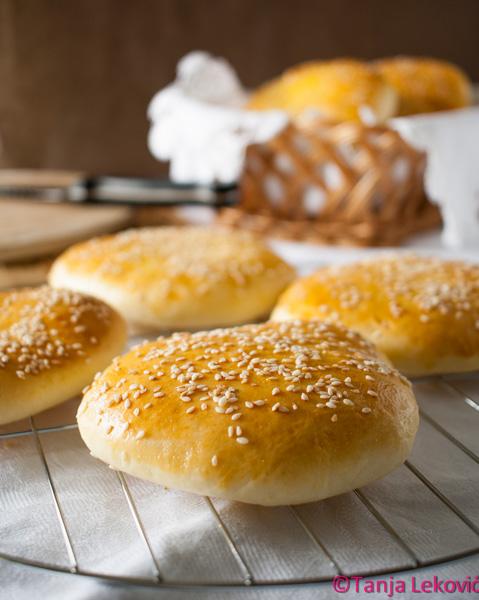 Zemičke za hamburger / Burger buns