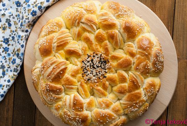 Pletenica pogača / Bread with braids
