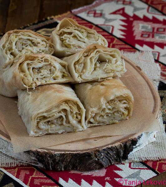 Pita sa kiselim kupusom / Domestic sauerkraut pie