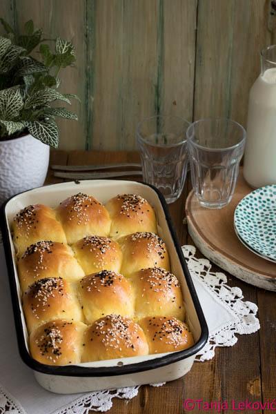 Slane buhtle / Domestic savory filled buns