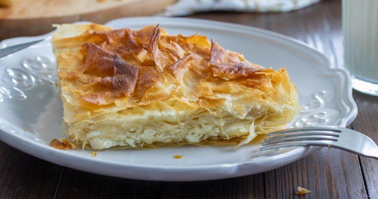 Domaći burek sa sirom od gotovih kora